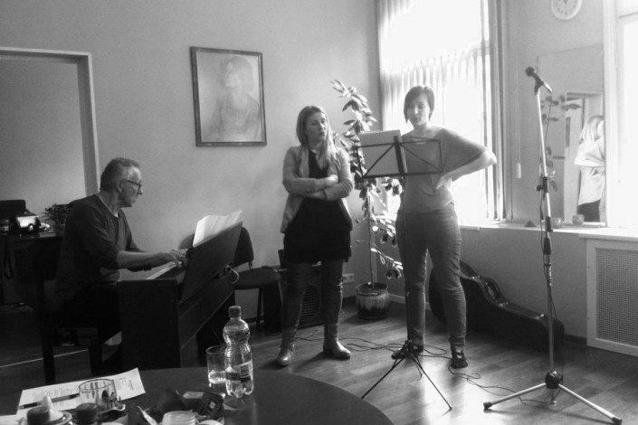 """2015.gada 7. un 21.martā Ievas Kerēvicas meistarklases Klasiskās un mūsdienu vokālās mākslas studijā """"Harmonija"""" (Latvija)"""